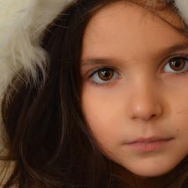 furry  by Mark Warick - Babies & Children Child Portraits ( furry, evelina )