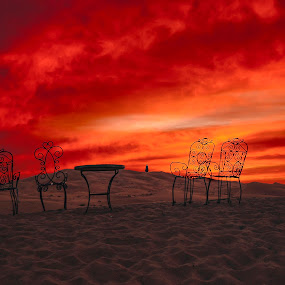 dawn fire in the desert - Marocco by Luigi Alloni - Landscapes Deserts ( sunrise table chairs red fire marocco luigialloni, desert )