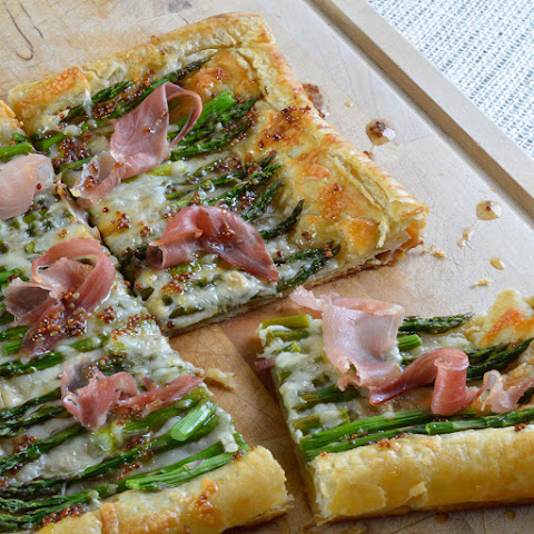 Asparagus and Prosciutto Puff Pastry