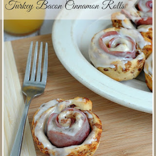 Delicious Turkey Bacon Cinnamon Rolls!