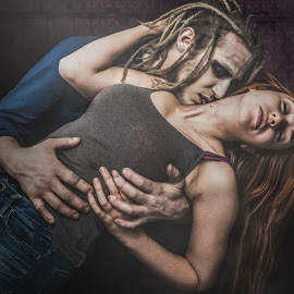 Love by Josée Houle - People Couples ( vampire, d800, couple, nikon, portrait )