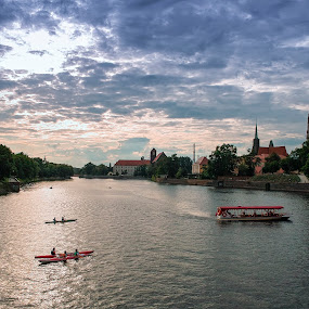 Odra River - Wroclaw, POLAND by Krzysiek Roznowski - City,  Street & Park  Vistas ( sunset, wroclaw, odra river, sigma dp1x, river, poland )