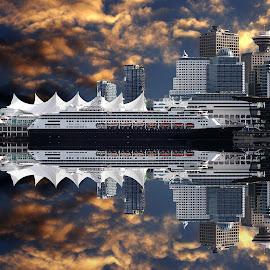 Dans le port de Vancouver.... by Gérard CHATENET - Digital Art Places