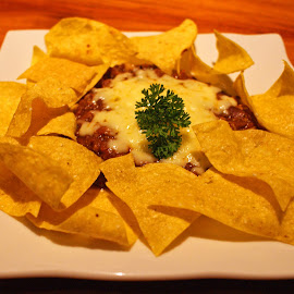 Nachos Beef by Mulawardi Sutanto - Food & Drink Plated Food ( nachos, travel, resto, food, bandung )