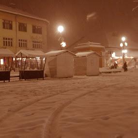 by Bojan Rekic - City,  Street & Park  Night