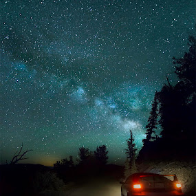 Glowing Milky way and a glowing tail lights by Jerome Obille - Landscapes Starscapes ( mountains, stars, glowing milky way and a glowing tail lights, evening, nightscapes, milky way )