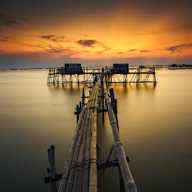 Float in Boreal by Jose Hamra - Landscapes Sunsets & Sunrises ( water, slowspeed, tanjungkait, sunset, jakarta, sunrise )