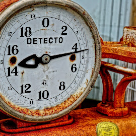 A Matter of Weight by Barbara Brock - Artistic Objects Antiques ( orange, rusty scale, scales, old scale, weight measuring, antique scale )