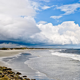 Storms coming in over Sunset Beach by Ashley Jill - Landscapes Weather (  )