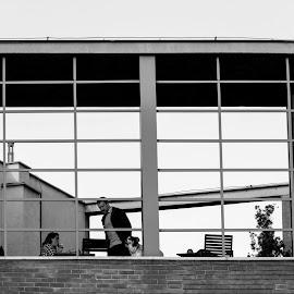 Serbia, BelgradeCoffee ShopKafić by Nenad Borojevic Foto - People Group/Corporate