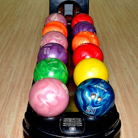 Bowling by Sanjeev Kumar - Artistic Objects Other Objects