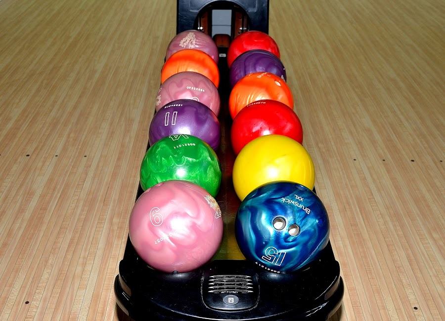 Bowling by Sanjeev Kumar - Artistic Objects Other Objects (  )