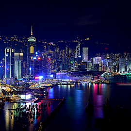 Hong Kong Causewaybay by Chantelle LAU - City,  Street & Park  Skylines ( city at night, street at night, park at night, nightlife, night life, nighttime in the city )