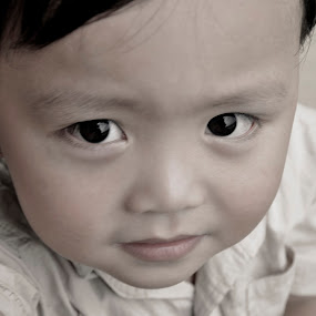 Look at Me... by Donny  Baki - Babies & Children Child Portraits ( darryn )
