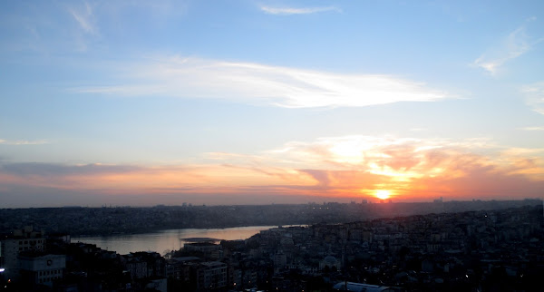 Istanbul Sunset from Terras 6/Wonder Roof