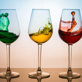 by Ian McGuirk - Artistic Objects Glass