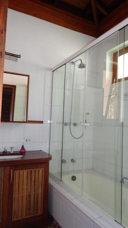 Casa em condomínio para Venda/Locação - Parque Silvino Pereira
