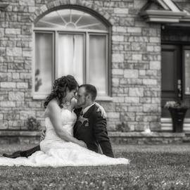 by Benoit Beauchamp - Wedding Bride & Groom