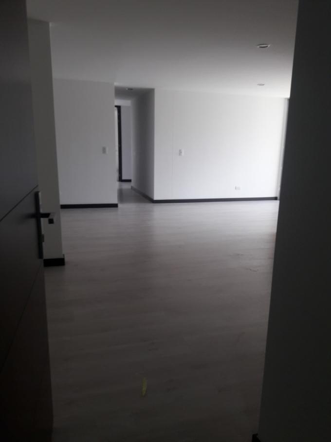 apartamento en venta loma de las brujas 679-16694