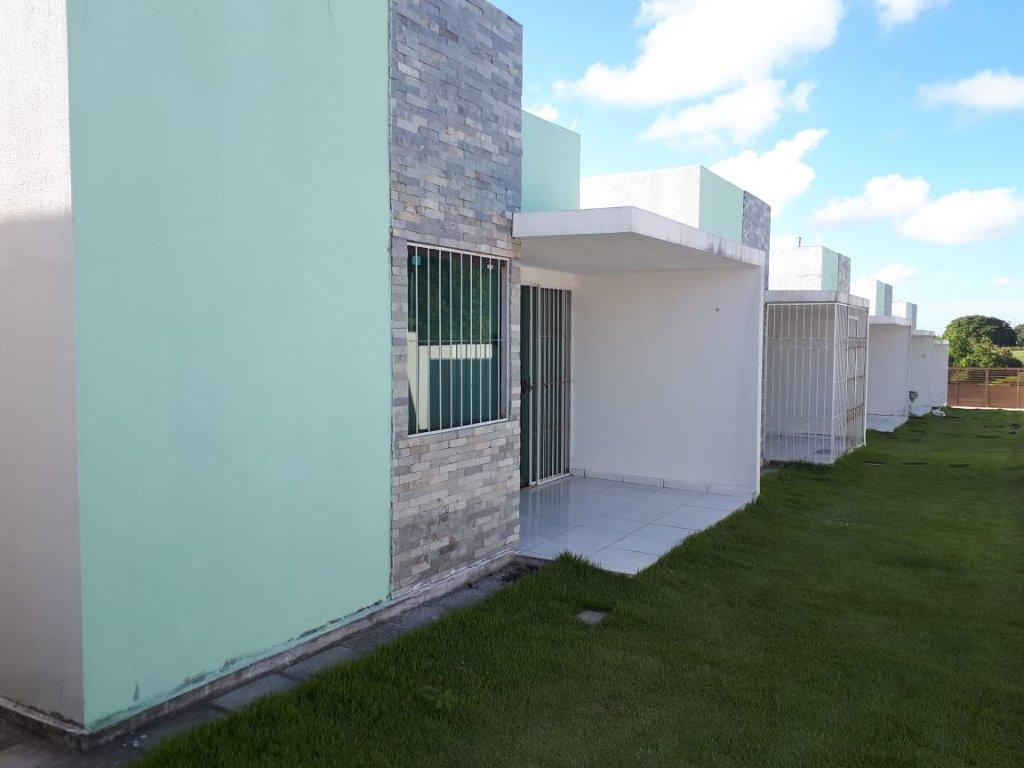 Casa com 2 dormitórios à venda por R$ 120.000 - Village - Conde/PB