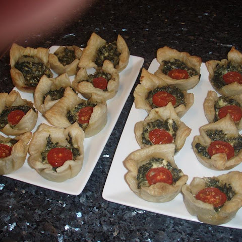 Puff Pastry Spinach Cups