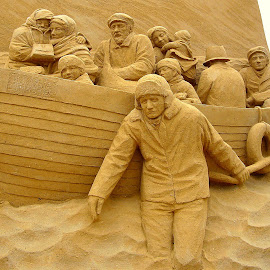 Sand scullpture by Jette Helbig Hansen - Artistic Objects Other Objects