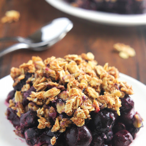 Clean Blueberry Almond Crumble