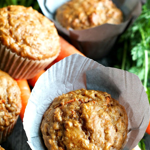Carrot Oatmeal Greek Yogurt Muffins