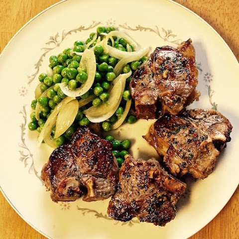 Grilled Lamb Chops with Rosemary and Mint