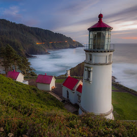 Heceta by Christian Flores-Muñoz - Buildings & Architecture Public & Historical ( coastal line, heceta head, buildings, lighthouse, light trails, oregon coast, long exposure, historic )