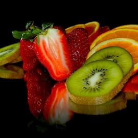 orange,kiwi and stawberry by LADOCKi Elvira - Food & Drink Fruits & Vegetables ( fruits )