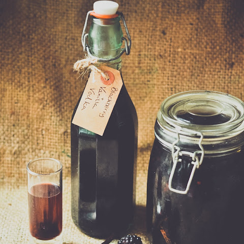 How To Make Homemade Blackberry And Vanilla Vodka