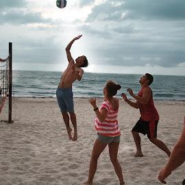 Air Gunnar by Elk Baiter - Sports & Fitness Other Sports ( volleyball, florida, longboat key, gunnar, sports, beach, game,  )