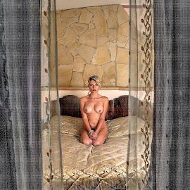 behind the tent by Adriano Ferdinandi - Nudes & Boudoir Boudoir