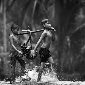 Children of Rumpin Village, Bogor West Java by Reza Roedjito - Babies & Children Children Candids