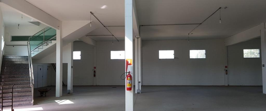 Galpão industrial para locação, Vila Maria Auxiliadora, Embu das Artes.