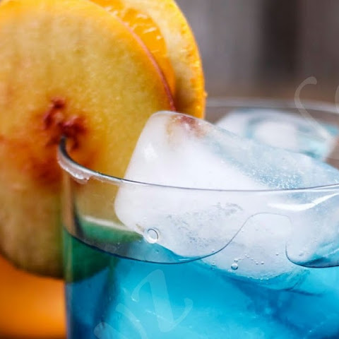 Kinky Blue Cocktail
