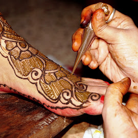 Makeing of  Henna Mehendi Designs  by Mihir Ranjan - Wedding Other ( important traditional culture., hindu wedding tradition, makeing of  henna mehendi designs, henna mehendi designs, makeing of  henna mehendi designs for bridal )