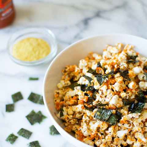 5 Minute Coconut Oil Sriracha Popcorn with Nori