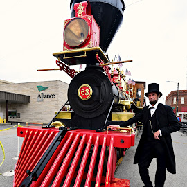 Hello Mr. Lincoln by Ruth Overmyer - Transportation Trains