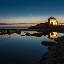 Senhor da Pedra by Sofia Quintela - Landscapes Sunsets & Sunrises ( sunset, beach, landscapes )