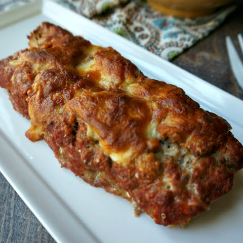 Mom's Pizza Loaf #SundaySupper
