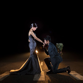 Prewedding Landasan Pacu Depok by Caramelz Pict - Wedding Other ( wedding photography, prewedding, indonesia, wedding, photographer )