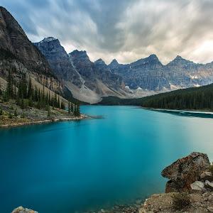 The Valley of Ten Peaks.jpg