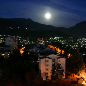 Moonlight by Aleksandar Šeter - City,  Street & Park  Skylines ( ©alexandarsheter, moonlight )