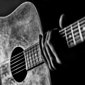 Music is silence between two notes  by Devesh Kalla - Artistic Objects Musical Instruments ( black background, music, blackandwhite, musical instrument, black and white, guitar, musician, object, classic,  )