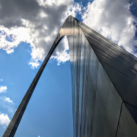 The Gateway Arch by Michael Smith - Buildings & Architecture Public & Historical ( arch, us park service, monument, jefferson national expansion memorial, saarinen, architecture, st. louis )