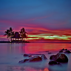 Red Dusk by Kenny Lee - Landscapes Waterscapes