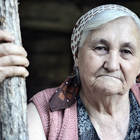 Old Woman at Crnce Village by Pavle Randjelovic - People Portraits of Women