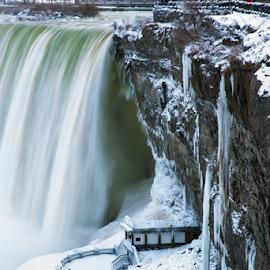 White bride by Niroshan Muwanwella - Landscapes Waterscapes ( winter, waterfall, niagara, icicle, frozen )